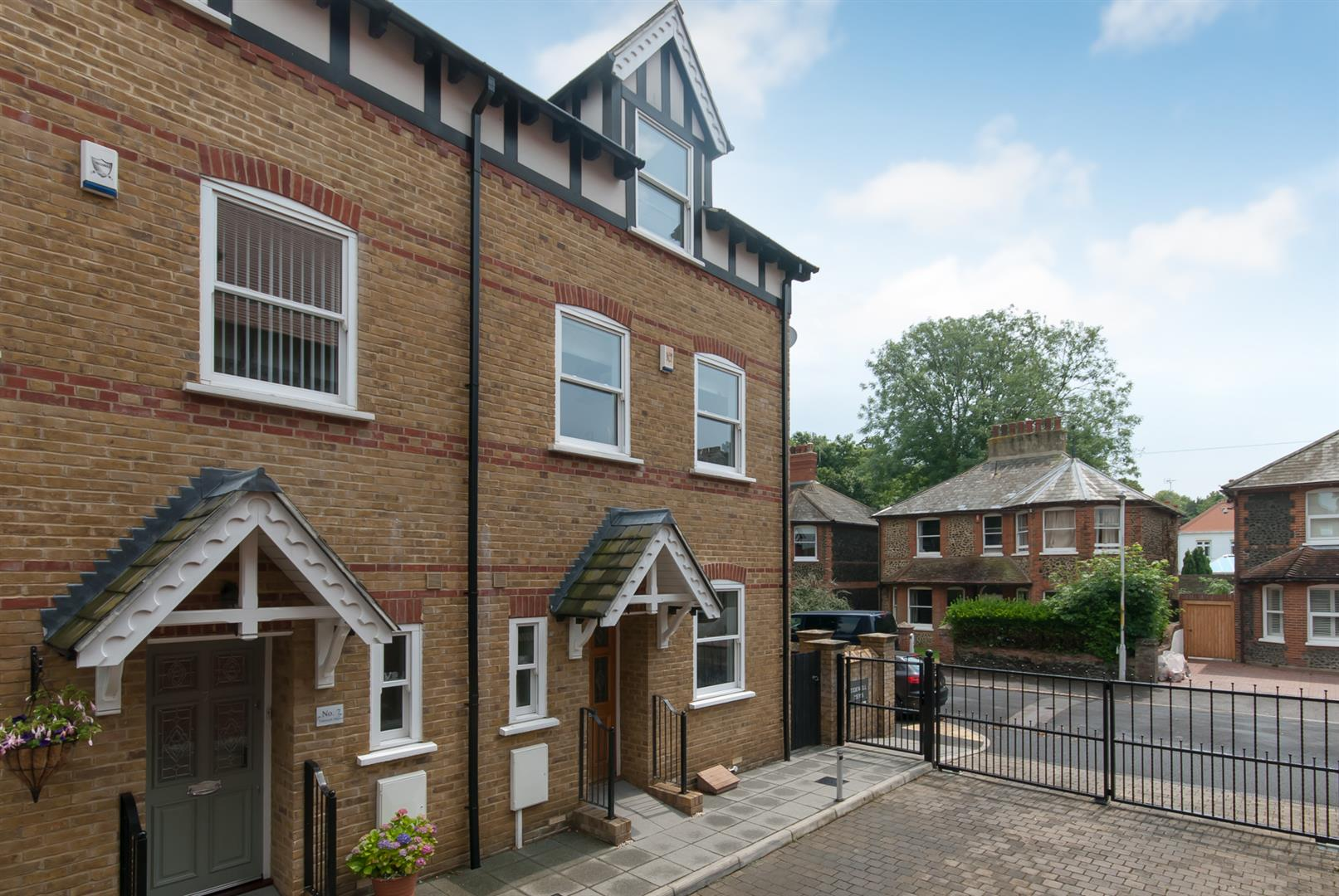 4 Bedrooms House for sale in Tidewell Mews, Westgate-On-Sea